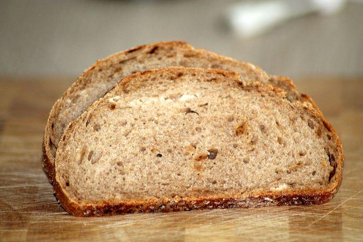bread-882737__480