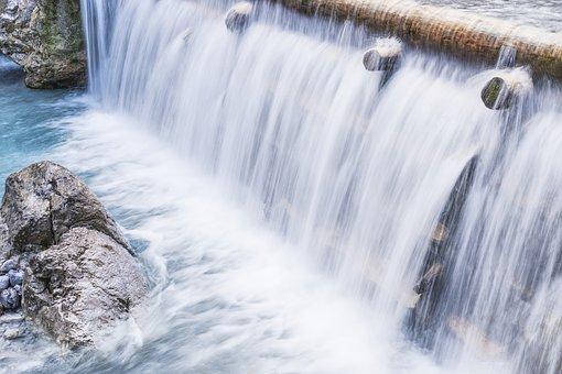 waterfall-2928735__340