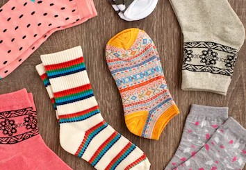 socks-cold-season-view-above-260nw-721917682